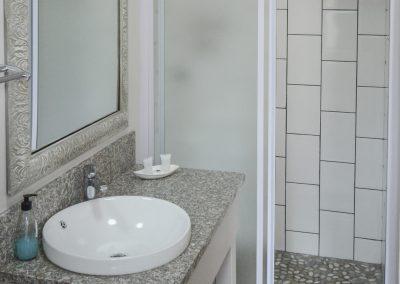 01 Studio Bathroom