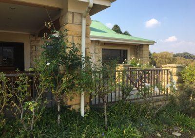 Villa-221-garden