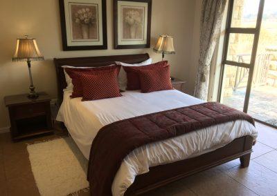 Villa-221-main-bedroom