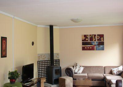lounge-fireplace